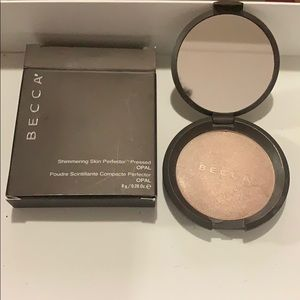Becca Shimmering Skin Perfector Pressed -Opal